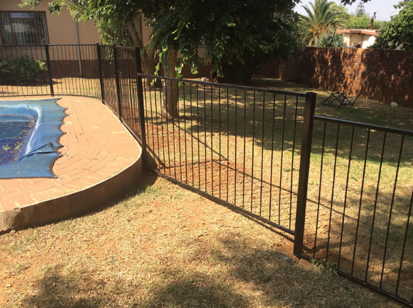 swimmingpoolfence-3368.jpg